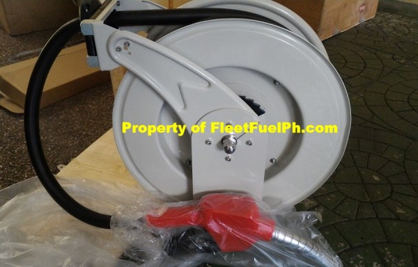 Spring Hose Reel with Nozzle and Nozzle Catch